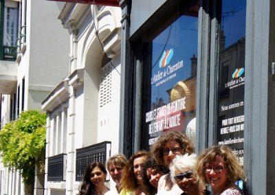 Avec mes stagiaires, Nathalie, Sophie, Anne, Paloma, Sandrine. L et Doriane la cadette, de 24 ans.