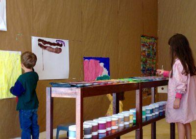 Premier jour autour des couleurs, pour les enfants de l'école Montessori et des écoles du coin.