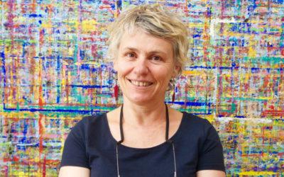 Laurence éducatrice spécialisée se forme au Geste de peindre
